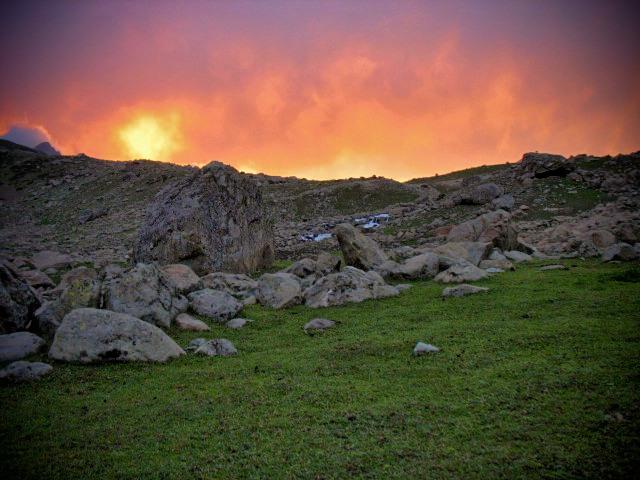 Himalayas, Kashmir, India, hiking, trekking, climbing