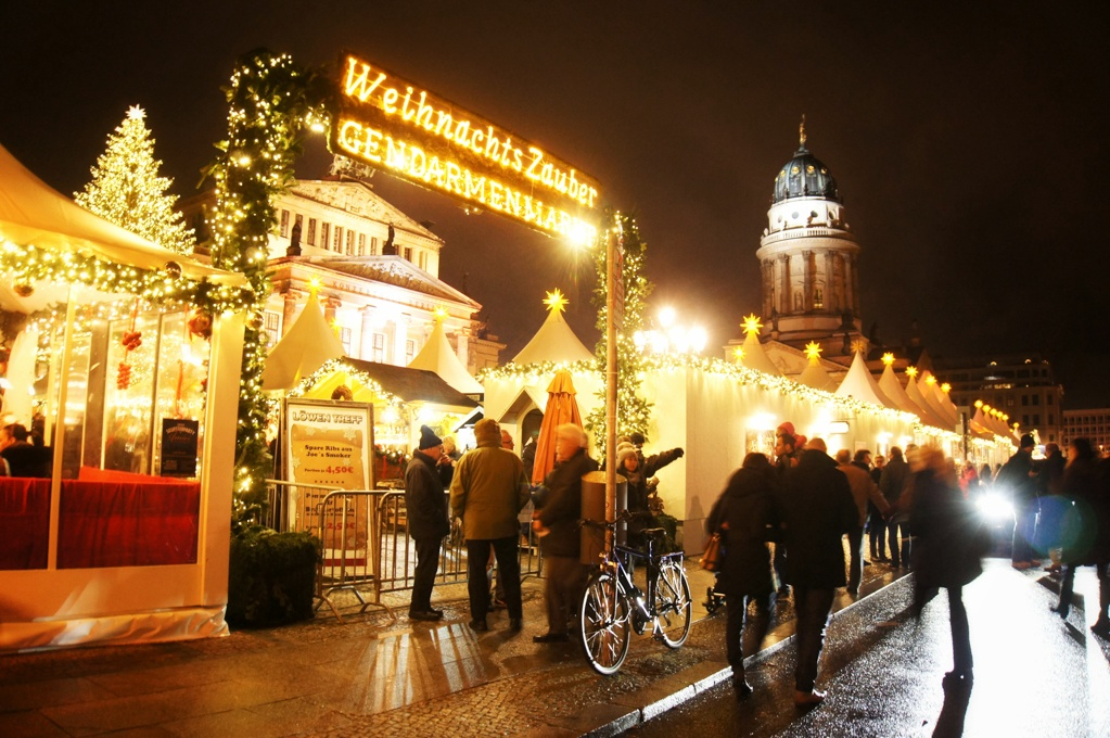 Gendarmenmarkt Christmas Market entrance, Berlin