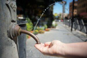 Nasoni water fountain, Rome