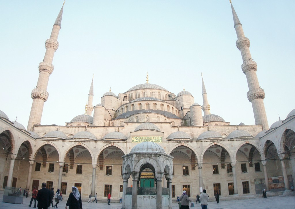 The Month in Photos April 2014: Blue Mosque
