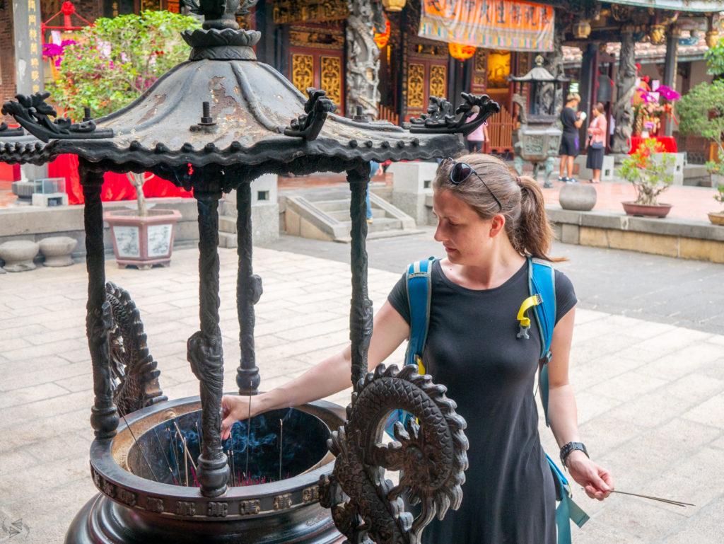 Praying at Baoan Temple Taipei.