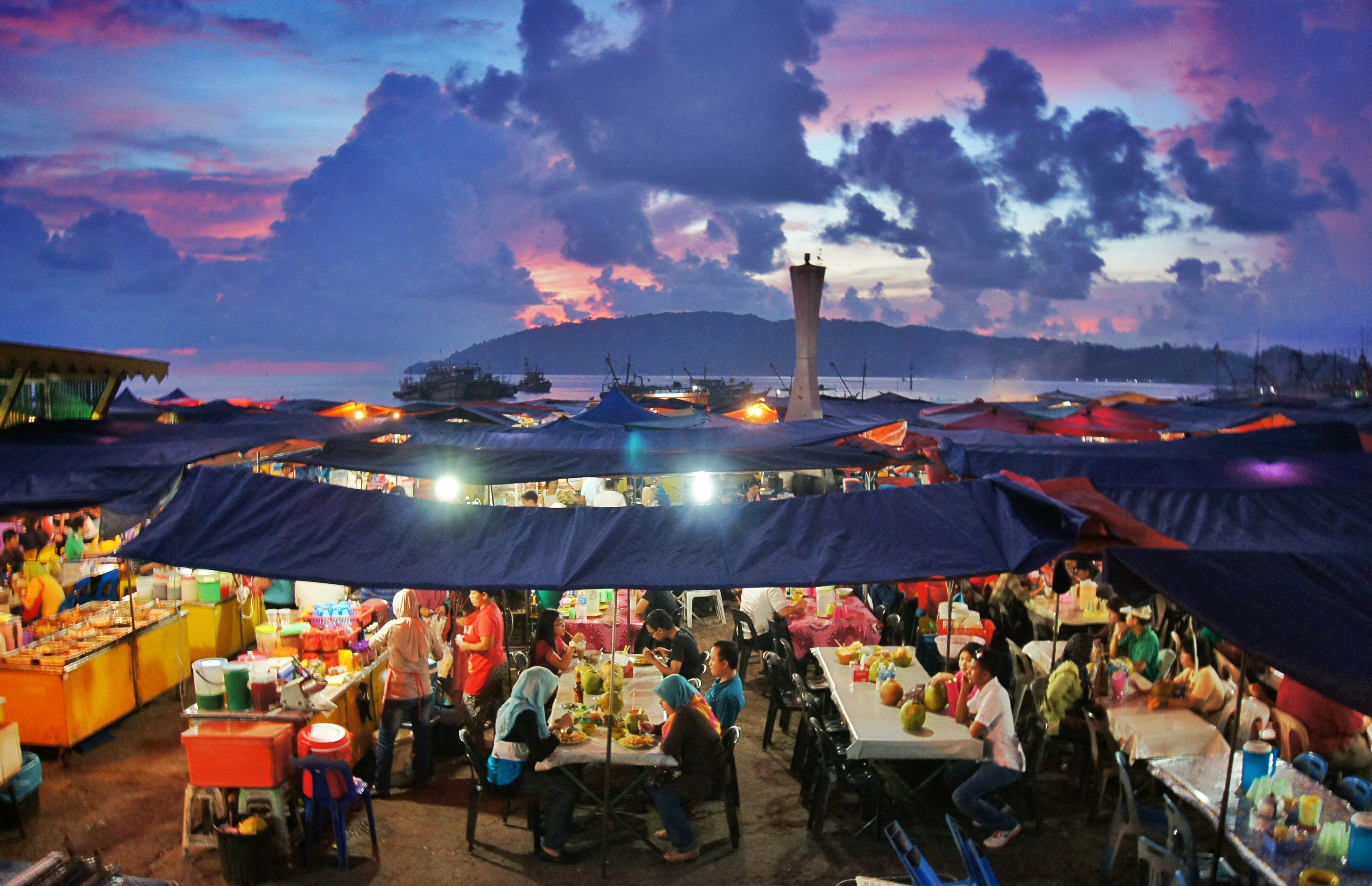Kota Kinabalu Night Markets, Borneo, Malaysia