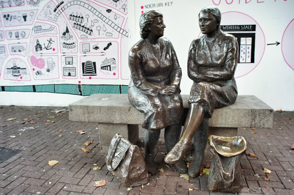 Hags with the Bags Statue, Dublin