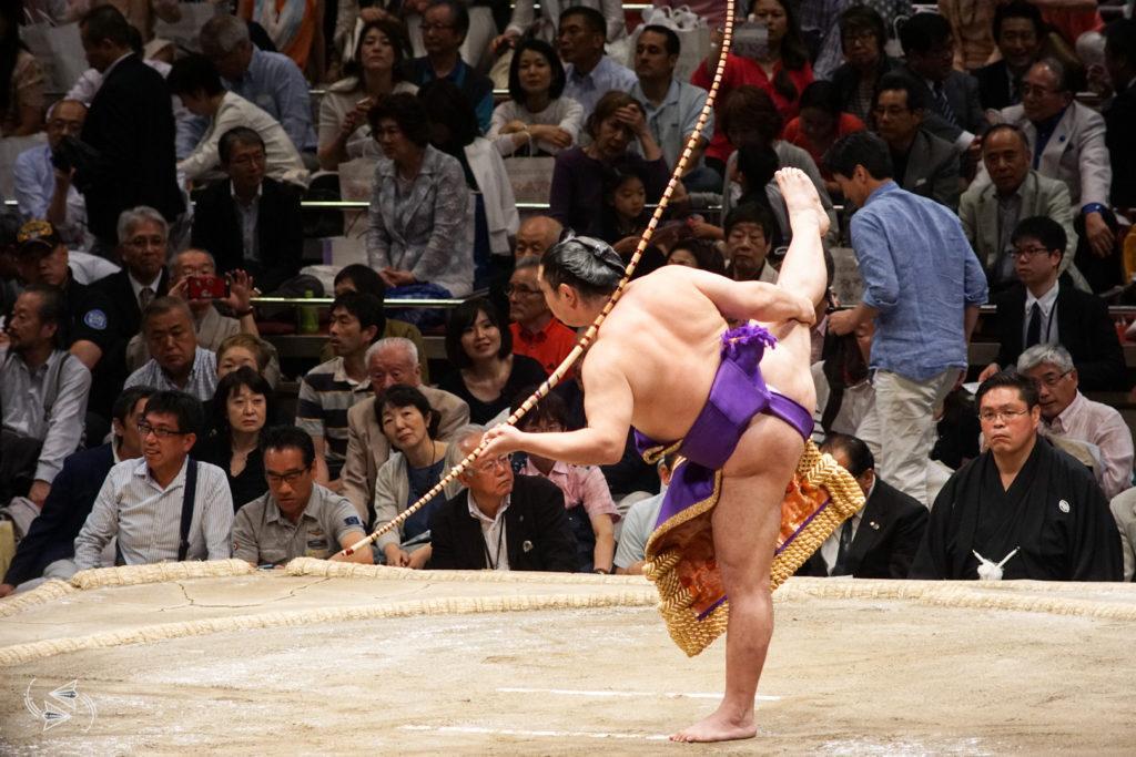 sumo tournament japan yumitori-shiki bow dance