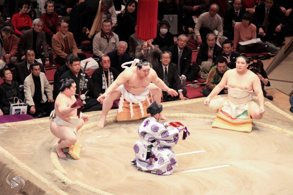 sumo tournament japan yokozuna dohyo iri