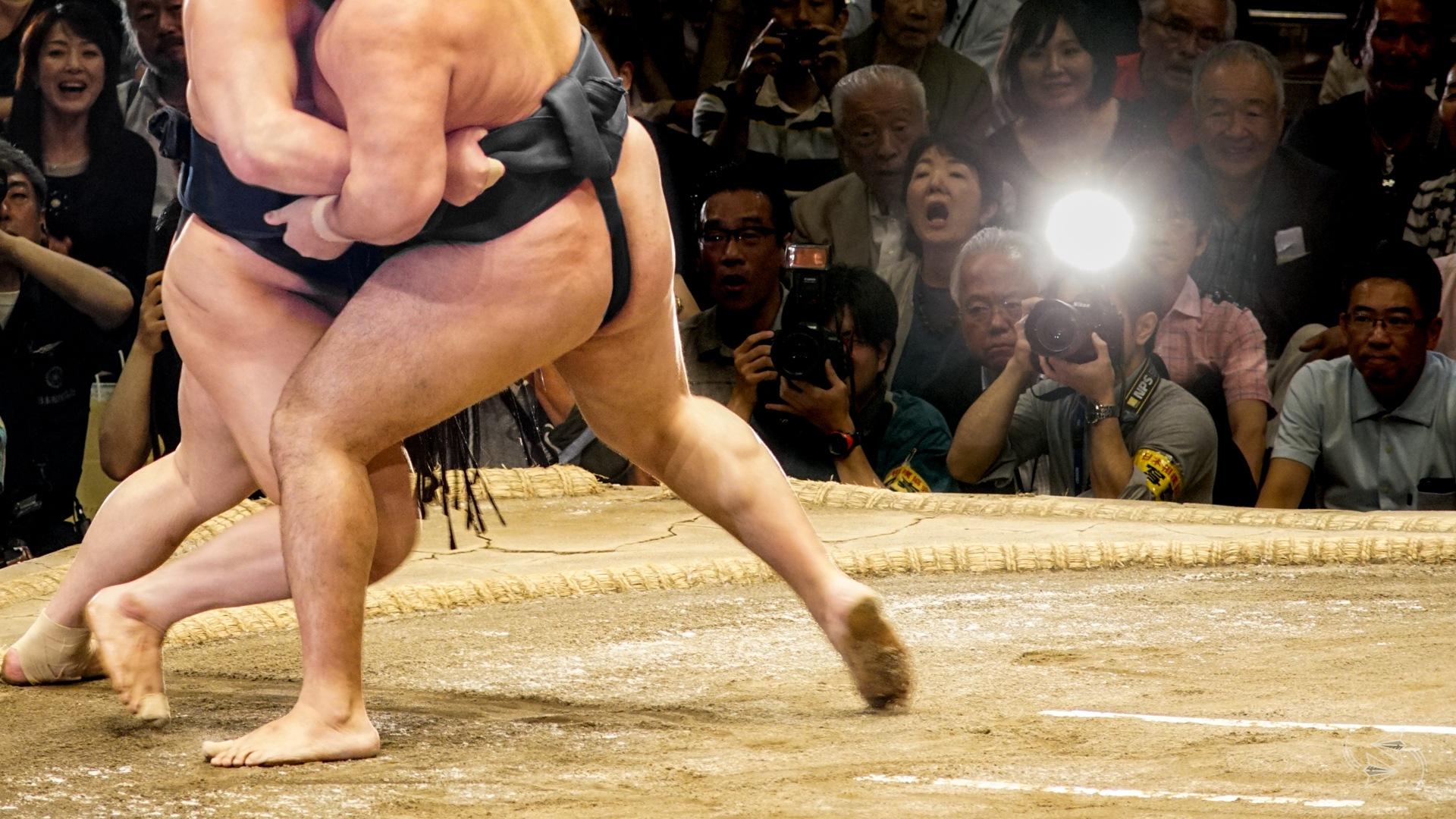 sumo tournament japan sumo wrestlers
